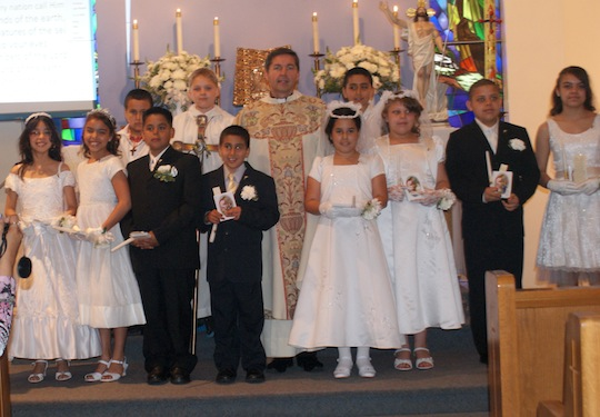 First holy communion holy cross church for Altar decoration for first holy communion